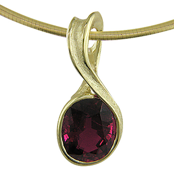 Style:F131~ Brilliant tourmaline pendant in 18k yellow gold.