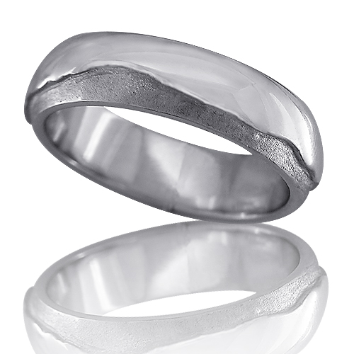 Style: MR913 ~  Mountain Range Ring in White Gold