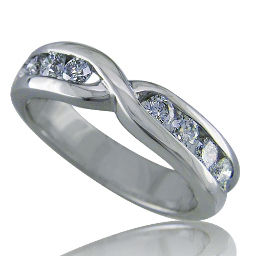 Style: WB170E ~ Symbolize your love entwined together.