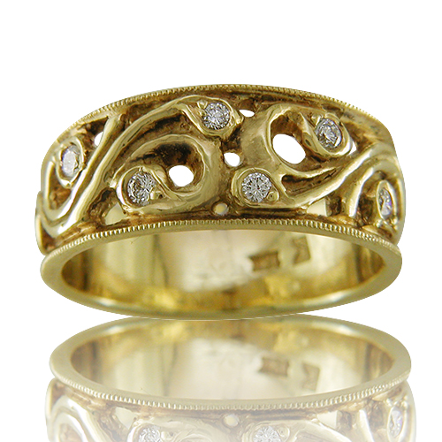 Style:WB171E ~ Soft Curves, Gold and Diamonds.