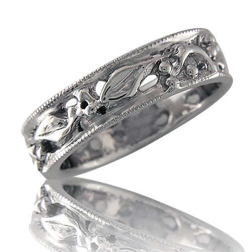 Style:WB154 ~ A filagree leaf pattern flows around this band.